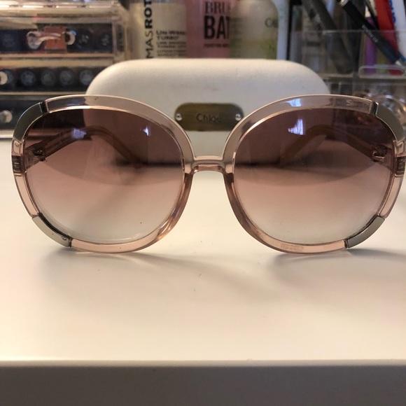 0687a20854cb Chloe Accessories - Oversized Chloé Sunglasses